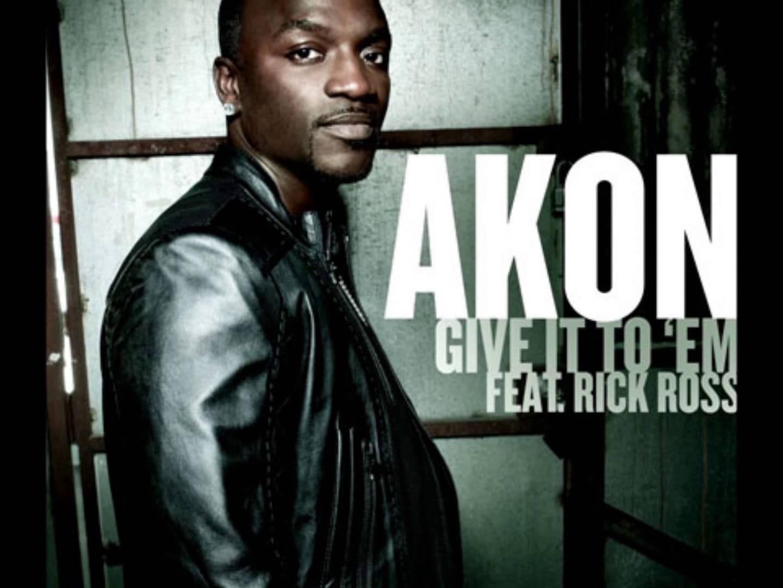 音楽プロデューサーでも活躍している『Akon-エイコン 人気曲ランキング』
