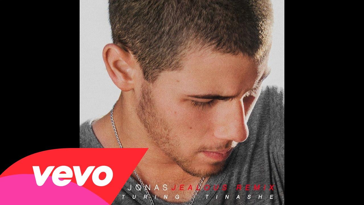 マイリーとセレーナの元カレ!話題の『Nick Jonas 人気曲ランキング』1-10位